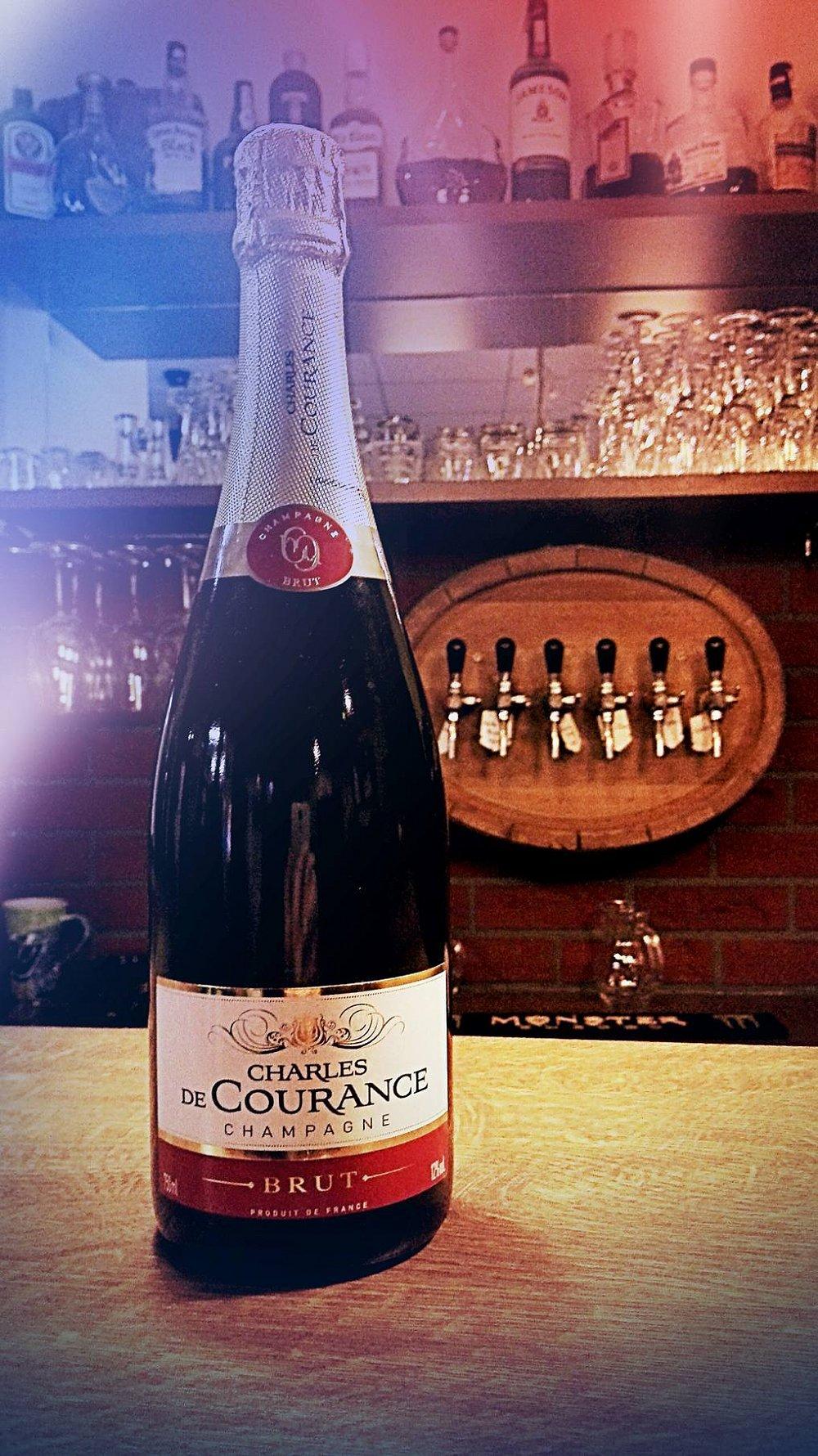 Vyhrajte láhev pravého francouzského šampaňského!