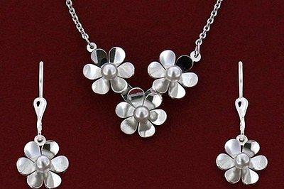 SOUTĚŽ: Vyhrajte stříbrný šperk Moshna